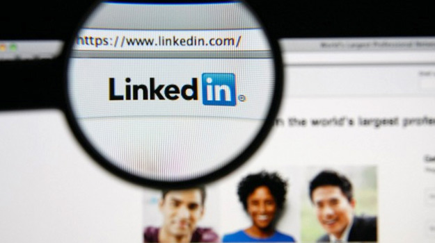 Employers - Are you Still Checking out Potential Candidate Backgrounds using Social Media?